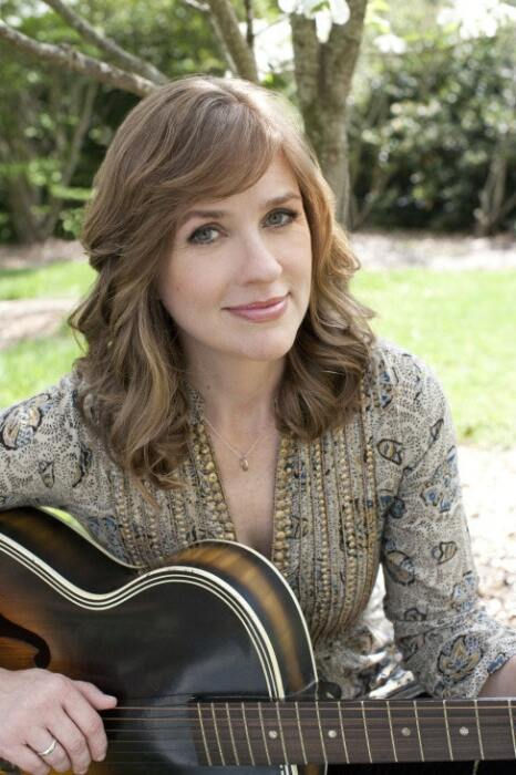 VERSE BY VERSE: Caroline Herring plays Eddie's Attic Sat., Sep. 28.